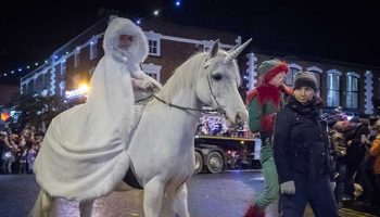 Crowds flock to Frodsham Christmas Festival