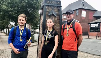 Frodsham girl's Sandstone Trail hike for charity