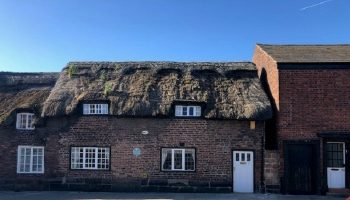Frodsham Council decides not to oppose thatched cottage plan